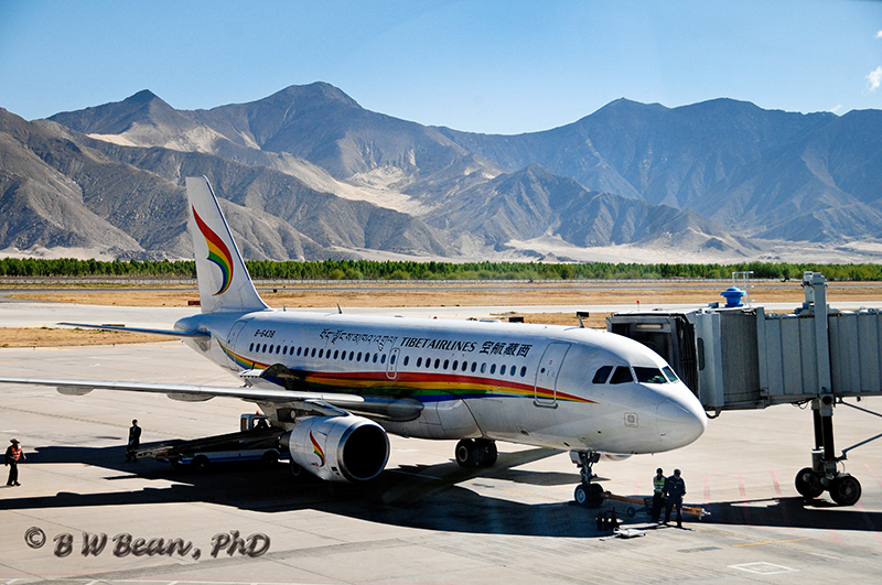 Lhasa Airport - My Trusty Aircraft -Tibet Airlines