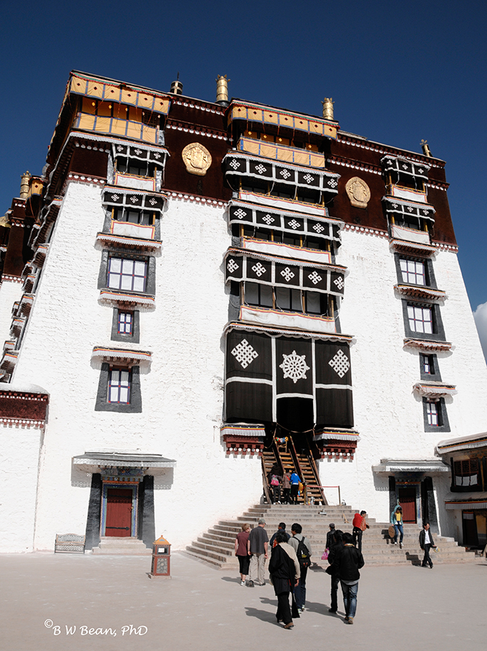 The main entrance at the top of the Potala Palace