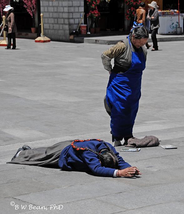 tibet worshiper a