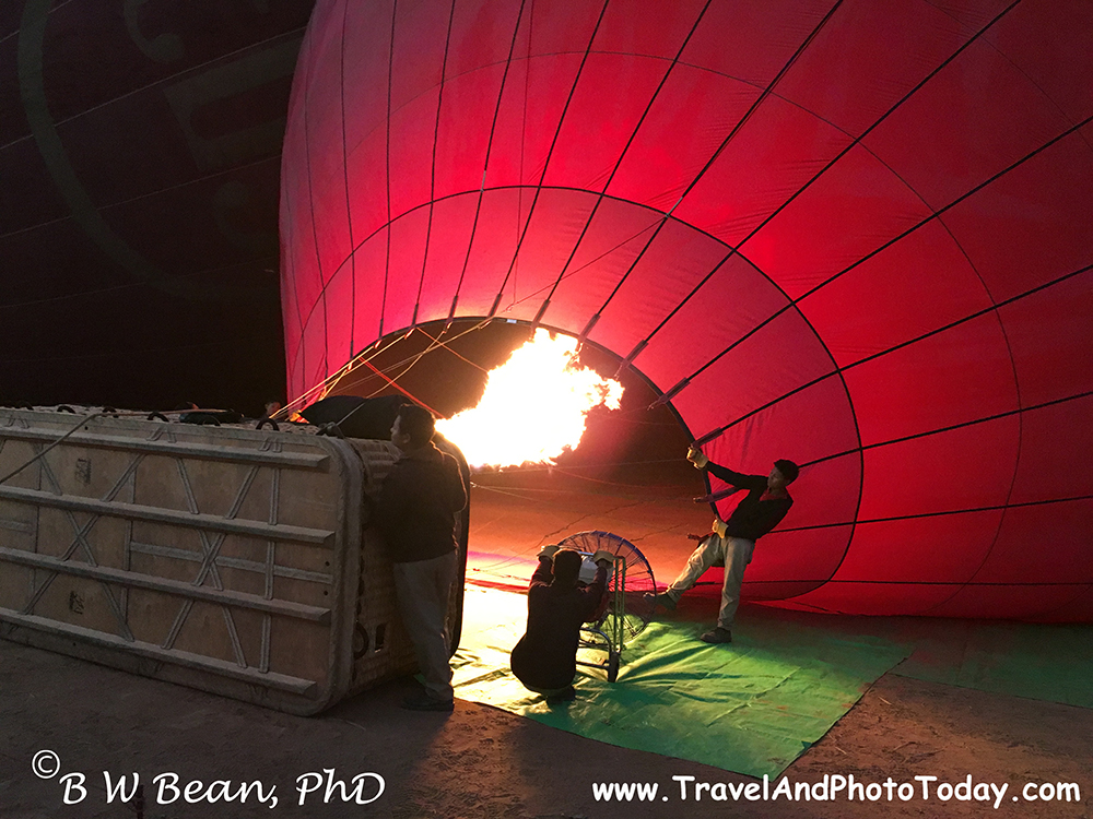 Bagan Balloon inflating