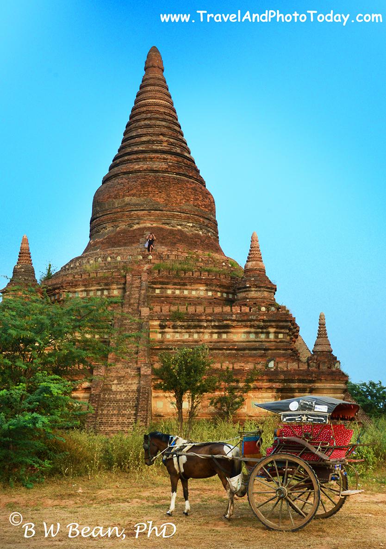 Bagan Temple & Horse