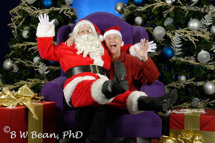 Bruce & Santa 1