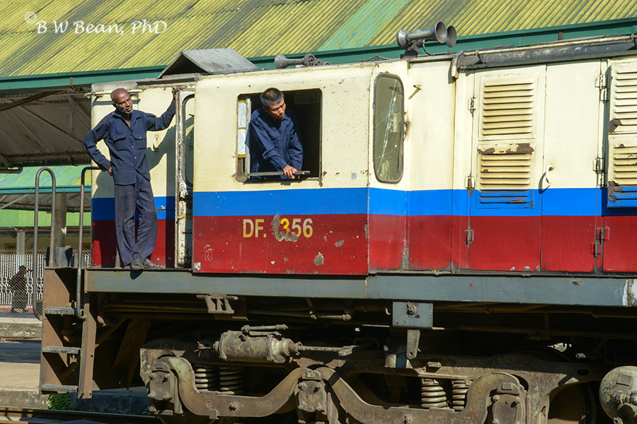 Yangon Circle Train – Flash Back Friday