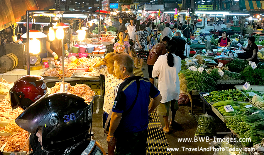 Kwai Train Market
