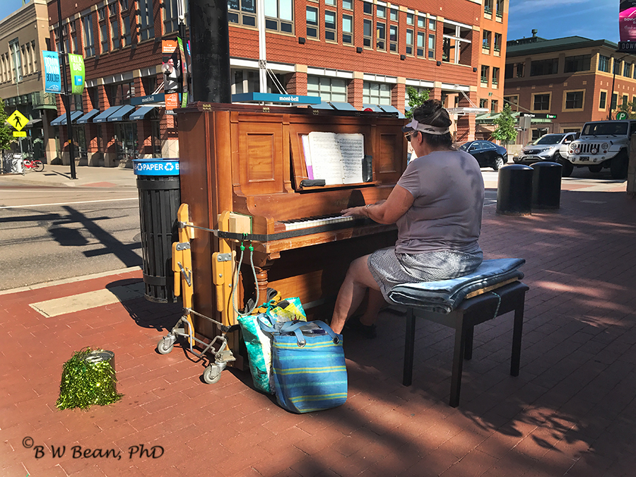 Pearl piano