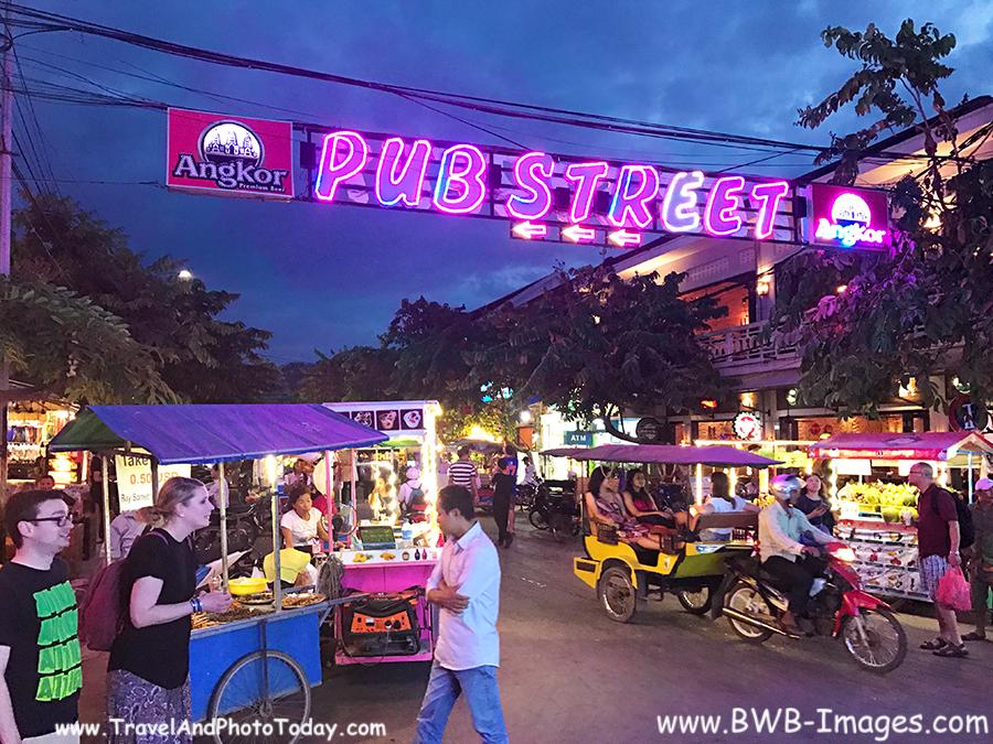 Pub St street 2