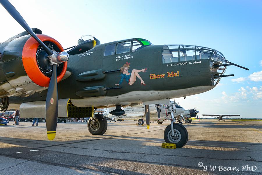 airshow-b25-2