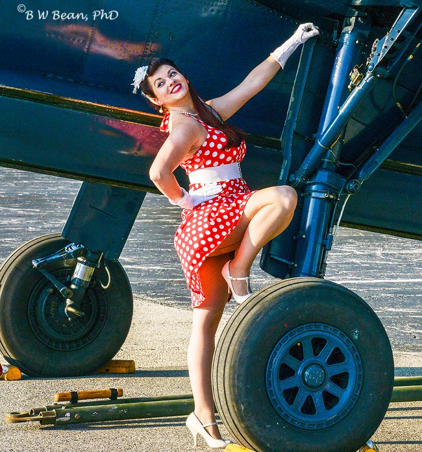 airshow-girl-crop