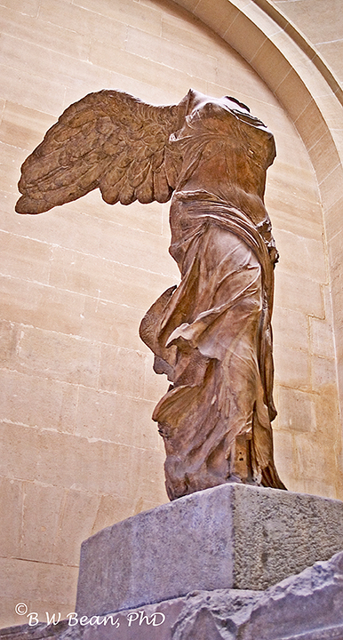 paris winged victory