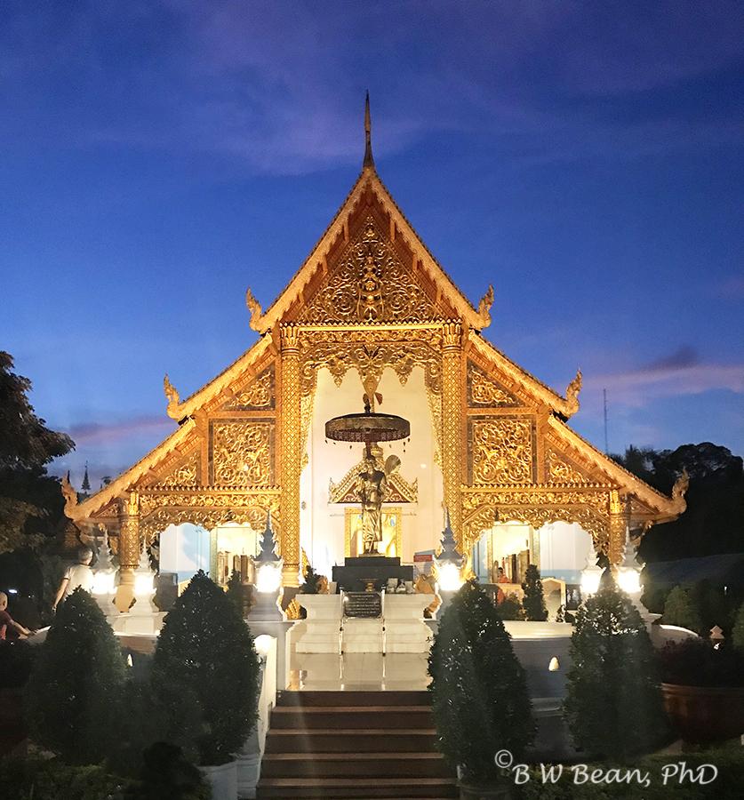 WAT PHRA SINGH AT NIGHT - Chiang Mai, Thailand