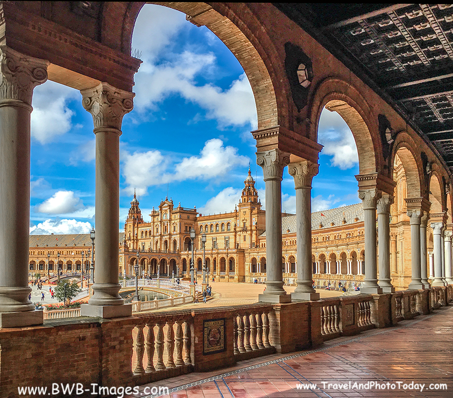 Flash Back Friday - PLAZA DE ESPANA - Sevilla, Spain - Travel And Photo Today