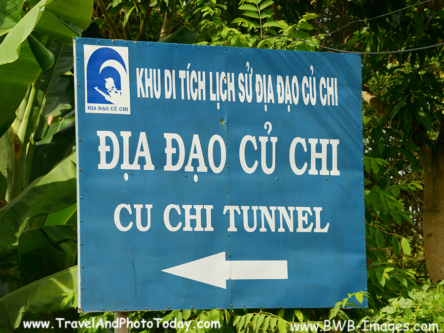 tunnel main sign